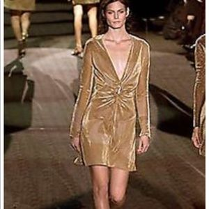 Iconic Gucci Gold dress with lion brooch Sz40 NWOT